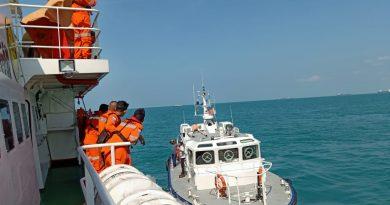 Dua Korban Hilang, Kecelakaan Laut Tanker VS Tug Bot di Selat Singapore